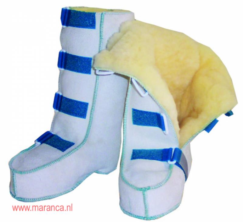 Schapenvacht laarzen met klittenband