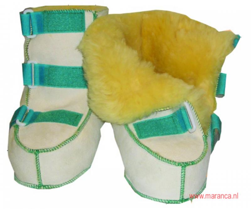 Schapenvacht schoenen met klittenband